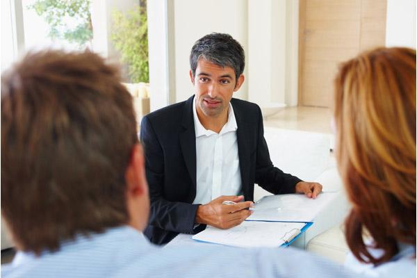 Станет ли выгодной для вас помощь кредитного брокера?