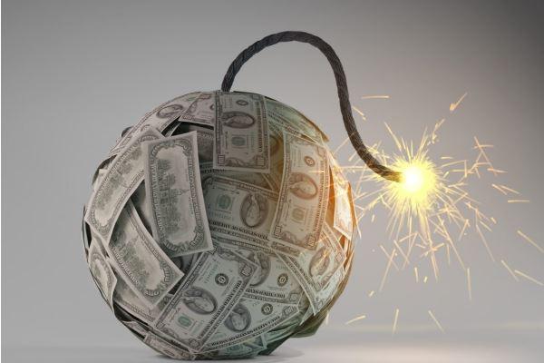 Кредитный кризис: наказание или лечение?