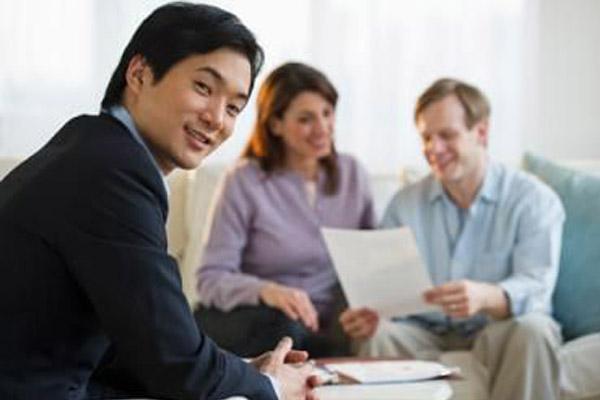 Стоит ли верить финансовым консультантам?