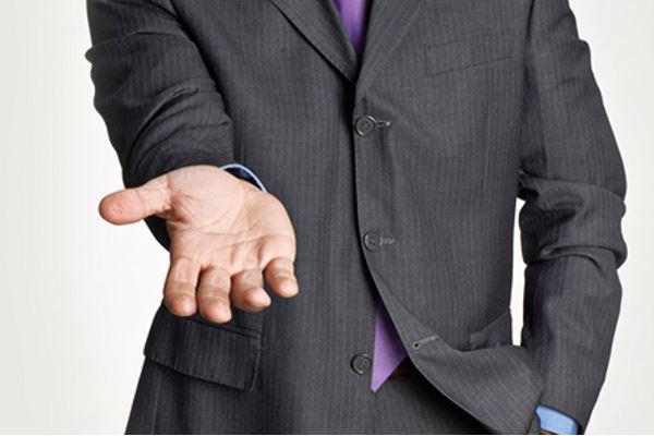Что делать, если у вас просят денег в долг