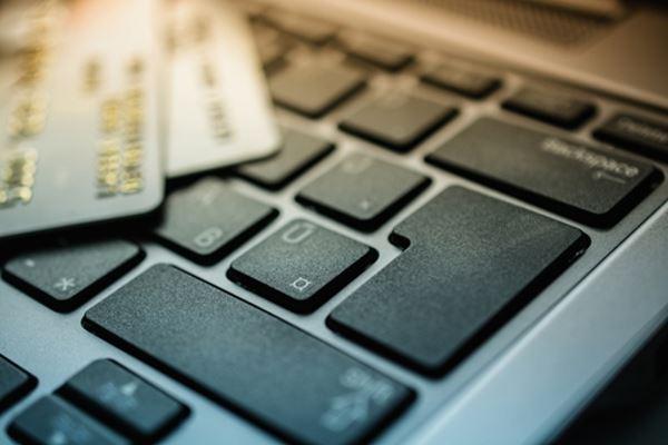 Чем опасны автоматические платежи