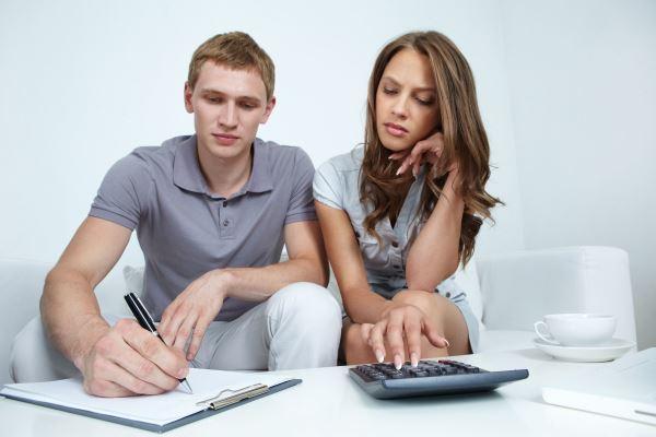 Как взять кредит в  18 лет?