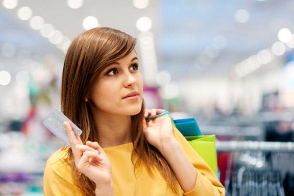 3 ситуации, когда кредитной карте стоит предпочесть потребительский кредит