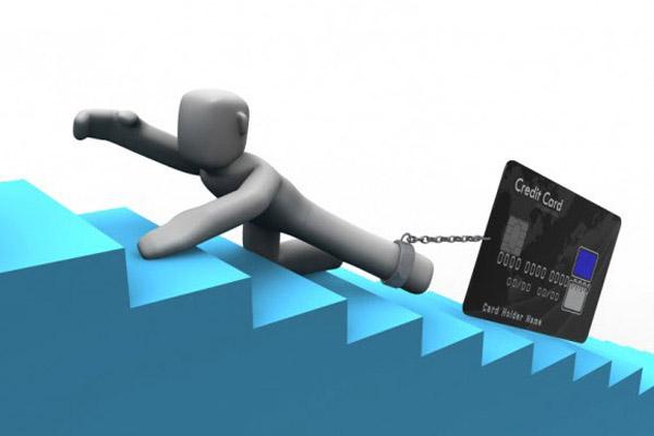 Долг по кредитной карте: кто виноват и что делать?