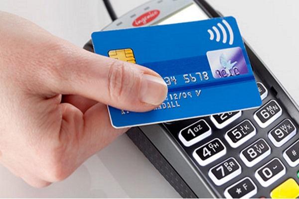Из чего состоит стоимость кредитной карты