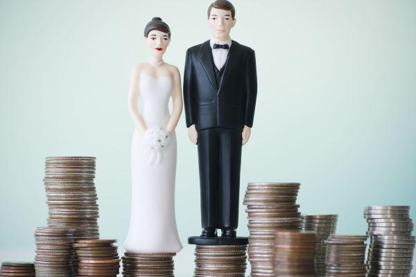 Финансовая измена: что делать, если деньги в семье перестали быть общими