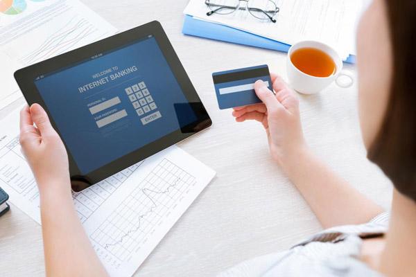 Мошенничество с банковскими картами, кредитами и персональными данными. Как защититься?