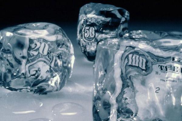 3 причины, по которым банк может заморозить ваш банковский счет