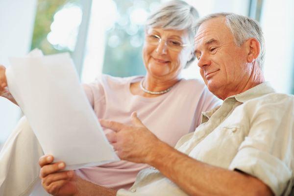 Можно ли взять потребительский кредит для пенсионеров в банке?