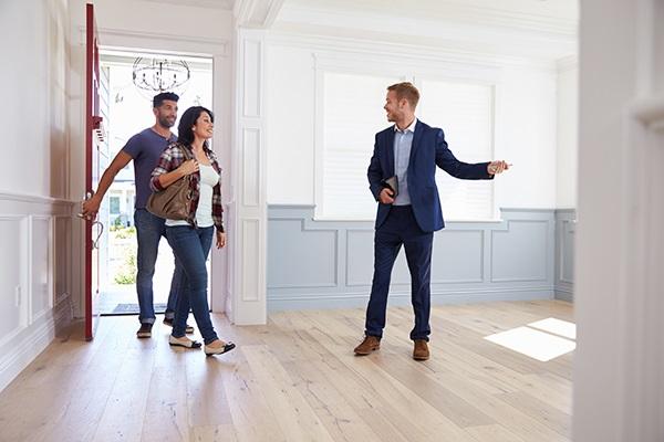 Нужен ли вам риэлтор при продаже квартиры?