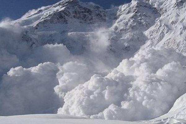 Снежная лавина – действенный способ погасить долги перед банками