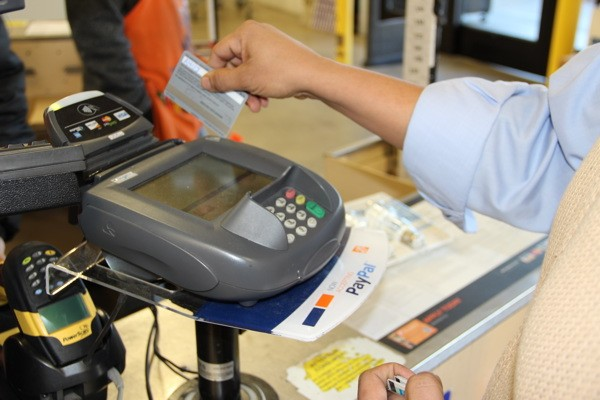Данные банковских карт – от кражи до продажи