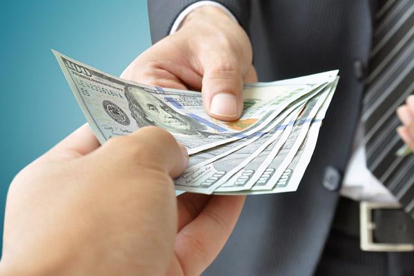 Что делать, если у вас испорчена кредитная история, а вам нужны деньги в долг?