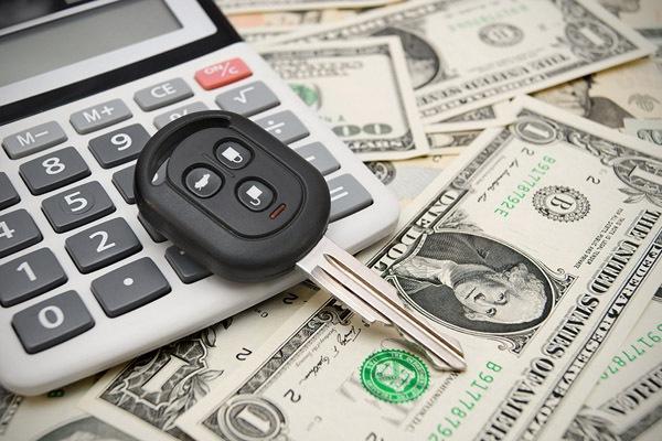 Рефинансирование автокредита – где приобретешь, а где потеряешь?