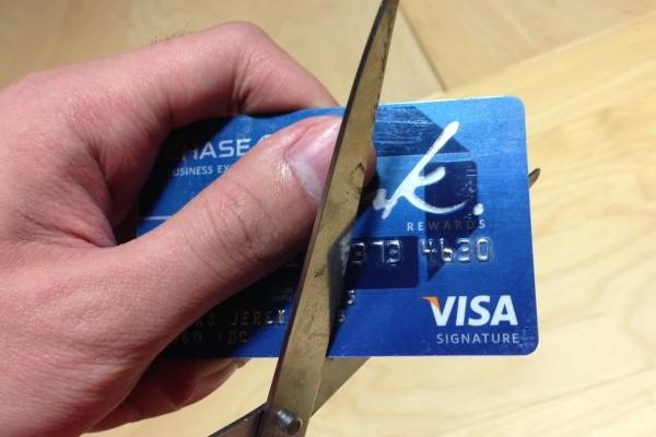 Что собой представляет закрытие кредитной карты?