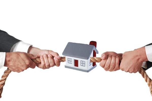 Страхование титула – необходимая защита или очередная прихоть банкиров?