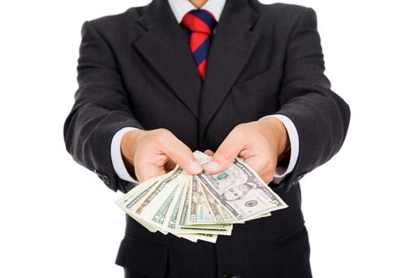 «Белые» и «чёрные» кредитные брокеры: на что рассчитывать и чего опасаться