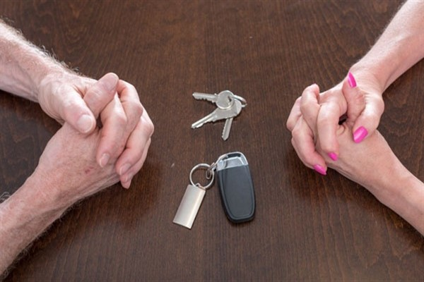 Что будет с автокредитом при разводе?