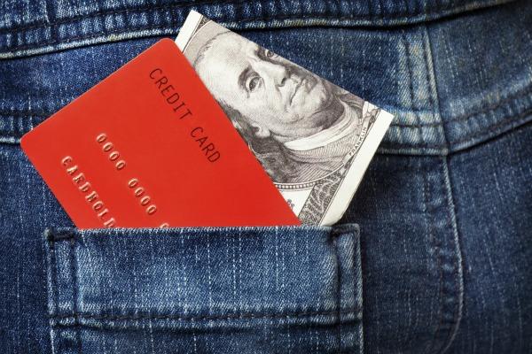 Как правильно снять наличные с карточки Visa.