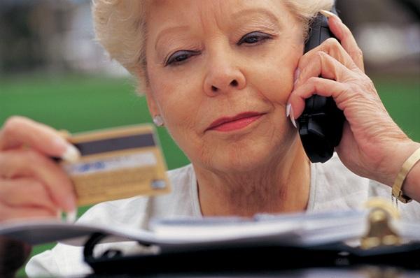 Денежки для дедушки: как получить кредит пенсионеру