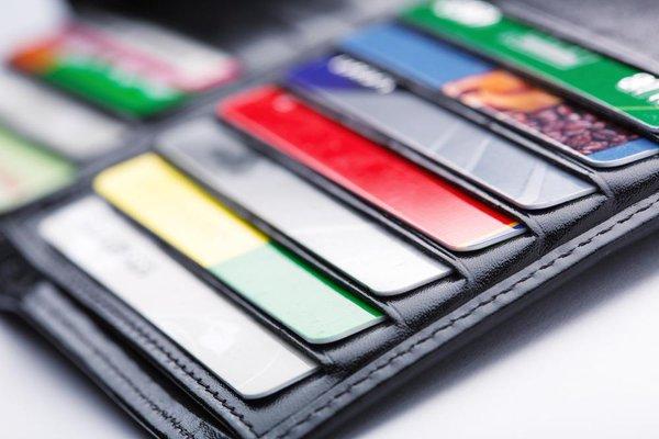Кредитки без оплаты годового обслуживания