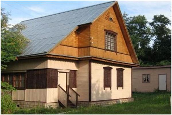 Реальна ли покупка дачного участка с домиком?