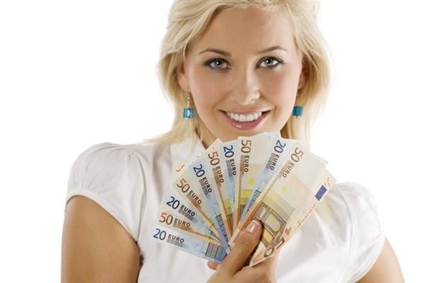 В каких банках дают кредиты от 18 лет?