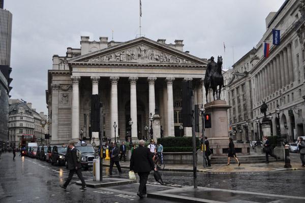 Покупка облигаций – насколько можно верить банкирам?