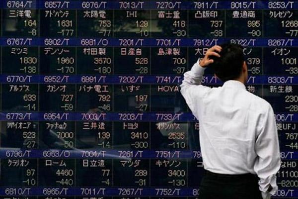 В Японии оживление. Пока только на фондовых рынках
