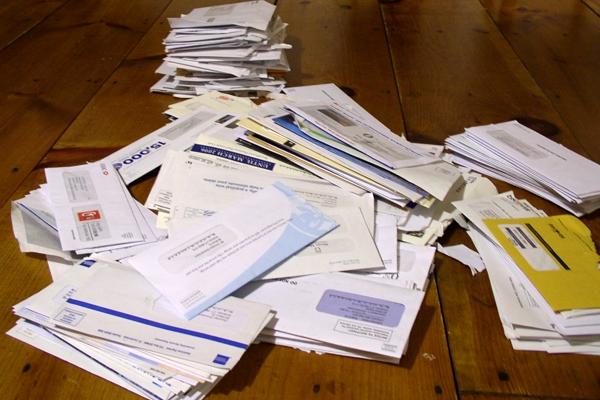 Кредитные карты по почте – кому выгодно?