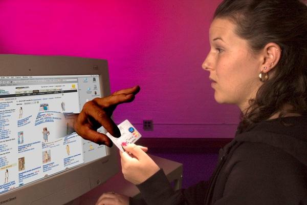 Оплата кредитной картой в интернете – безопасность прежде всего