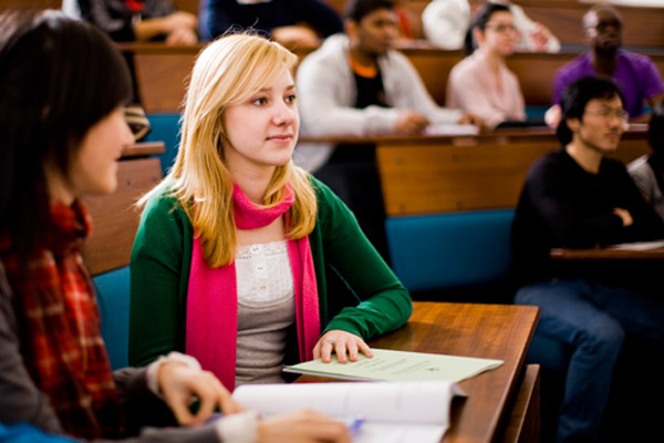 Высшее образование «у них» и «у нас» - такие разные проблемы