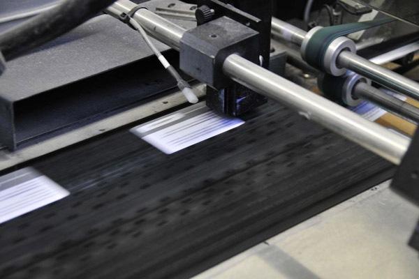 Как происходит изготовление пластиковых карт?