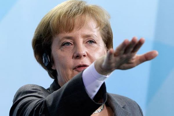 Германия принялась за старое. Только теперь вместо пушек – политика и экономика