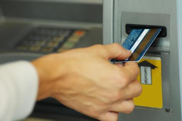 Как пользоваться кредиткой и не переплачивать?