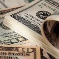 Спрос россиян на валюту вырос вдвое
