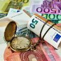 Эксперты попросили россиян воздержаться от инвестиций в валюту