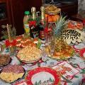 Новогодний стол в среднем обойдется россиянам в 3060 рублей
