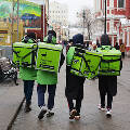 В России начнут защищать курьеров и репетиторов